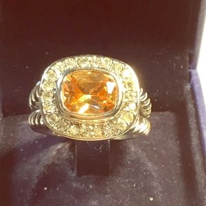 Ladies goldtone and orange stone ring